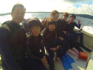 友達と一緒に体験ダイビング