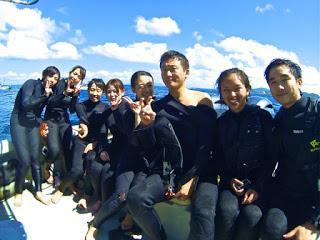 青の洞窟ボートシュノーケリングにご参加の3組8名様!!
